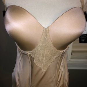 NWT BUSTIERS ULTRA FIRM Size 38D